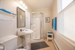 Mahone-Bay-B-B-Room-1-Bath