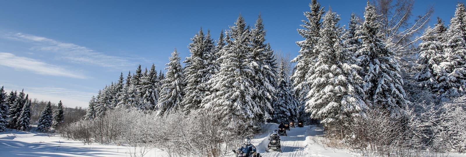 Winter in Kanada - Mit dem Snowmobil unterwegs